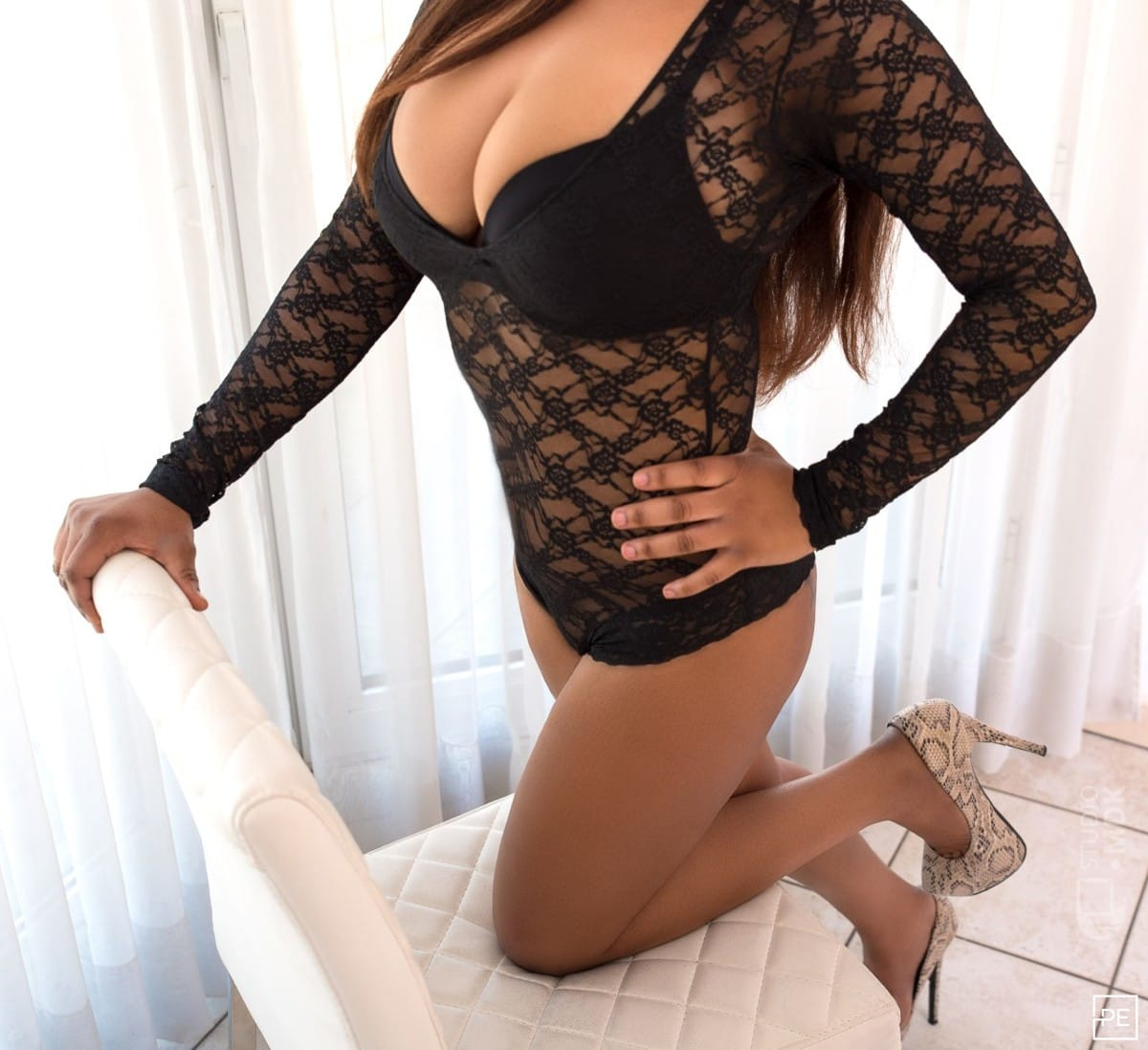 body to body massage nederland sex dames